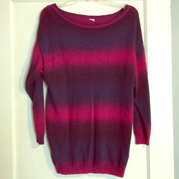 H&M Tops - H&M long sleeve sweater